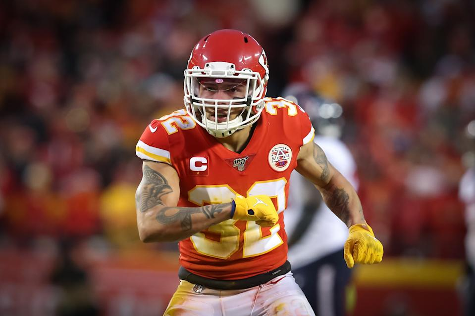 KANSAS CITY, MO - JANUARY 12: Kansas City Chiefs strong safety Tyrann Mathieu (32) celebrates after stopping the Houston Texans on downs in the fourth quarter of an NFL Divisional round playoff game between the Houston Texans and Kansas City Chiefs on January 12, 2020 at Arrowhead Stadium in Kansas City, MO. (Photo by Scott Winters/Icon Sportswire via Getty Images)