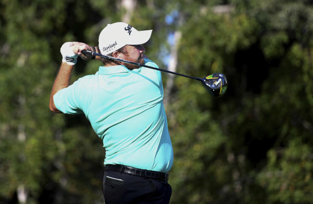 Shane Lowry of Ireland tees off at the 13th hole in round one of the Abu Dhabi Championship golf tournament, in Abu Dhabi, United Arab Emirates, Wednesday, January 16, 2019. (AP/Martin Dokoupil)