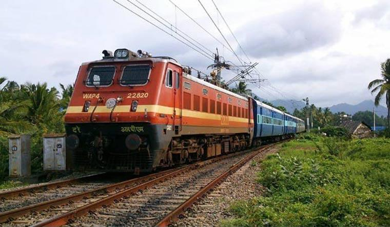 Indian Railways Reports Zero Passenger Deaths in Past 15 Months, 2019-2020 In Its 'Best Ever Safety Performance'