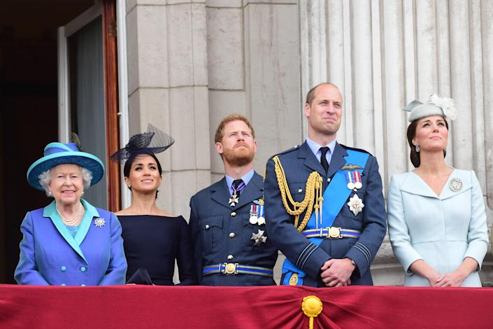 """<h1 class=""""title"""">Royal Air Force's 100th Birthday Flypast From Buckingham Palace</h1><cite class=""""credit"""">WPA Pool</cite>"""