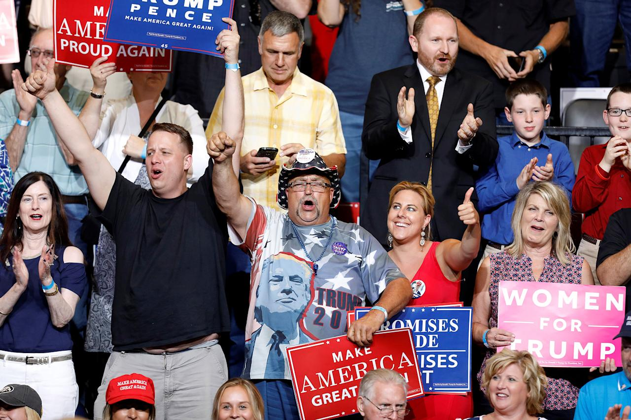 <p>Supporters cheer at a rally with President Donald Trump at the U.S. Cellular Center in Cedar Rapids, Iowa, June 21, 2017. (Photo: Scott Morgan/Reuters) </p>