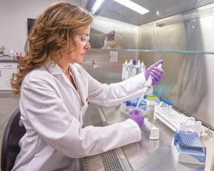 Nikki Goss, M.S., manager of Biological Safety and Research, found AAF Flanders air filters reduce the presence of the virus surrogate in airborne particles, including in sizes similar to airborne droplets produced when a person sneezes, coughs or speaks.