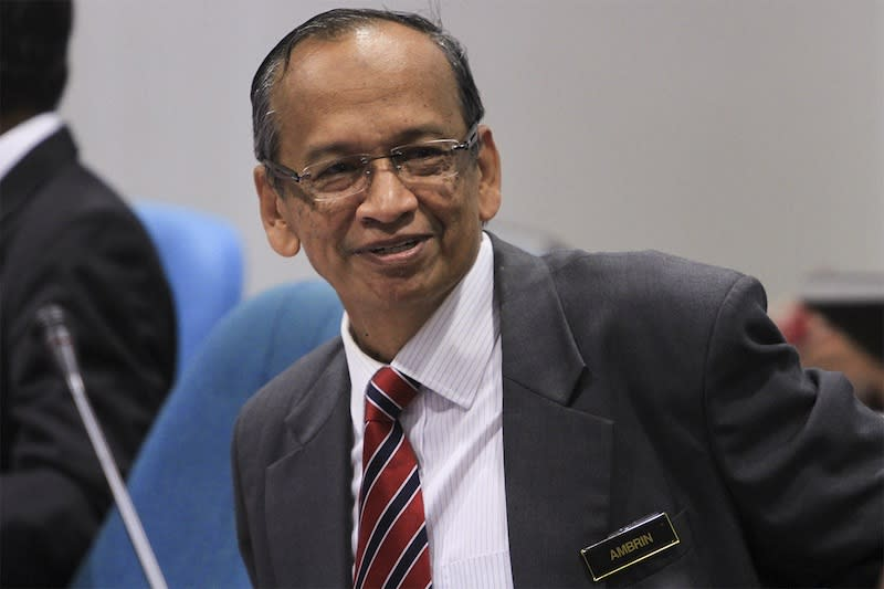 Ambrin said that he is ready to assist in any investigation pertaining to 1MDB. — Picture by Yusof Mat Isa