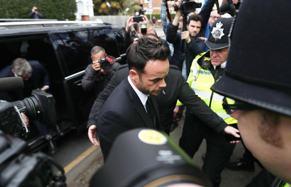 TV presenter Anthony McPartlin (centre) arrives at The Court House in Wimbledon, London to face charges of drink driving. (PA)