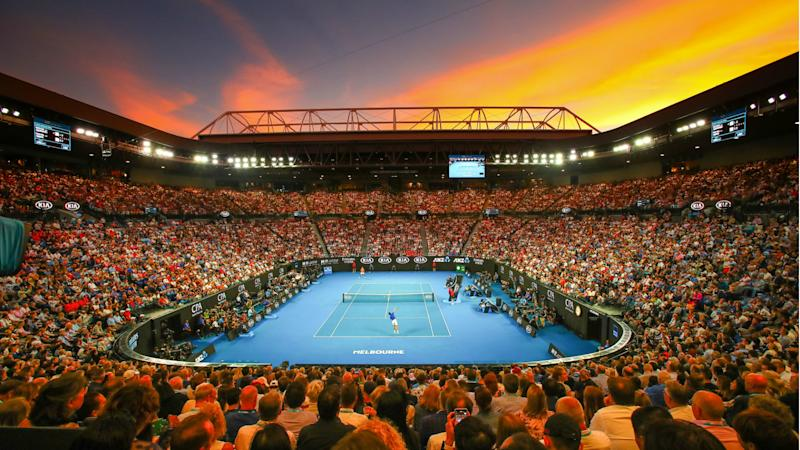Australian Open qualifying delayed as smoke blankets Melbourne