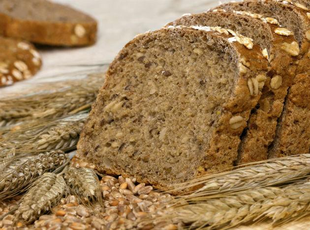 <b>Face-friendly food 2: Wholegrains</b><br>Wholegrains are a facial super food as they are fantastic for your digestion, and when your body is working to get rid of waste and toxins efficiently it shows on your skin. Go for brown or wholemeal pasta, rice and breads to get your wholegrains as well increase your intake of fiber. These foods not only boost digestion transit they are also great sources of iron and another skin-loving nutrient, vitamin B as well as helping you to feel full and satiated.