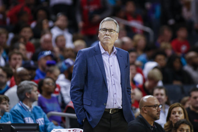 """Though he is at a higher risk for contracting the coronavirus, Rockets coach Mike D'Antoni has """"no reservations"""" about coaching again this season. (AP/Nell Redmond)"""