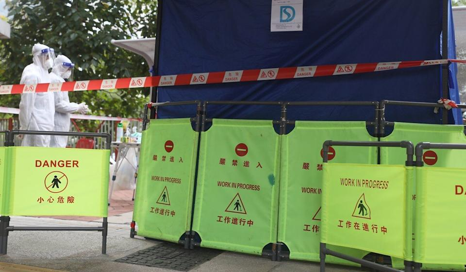 Sewage samples being collected from Choi Wan Estate. Photo: Xiaomei Chen
