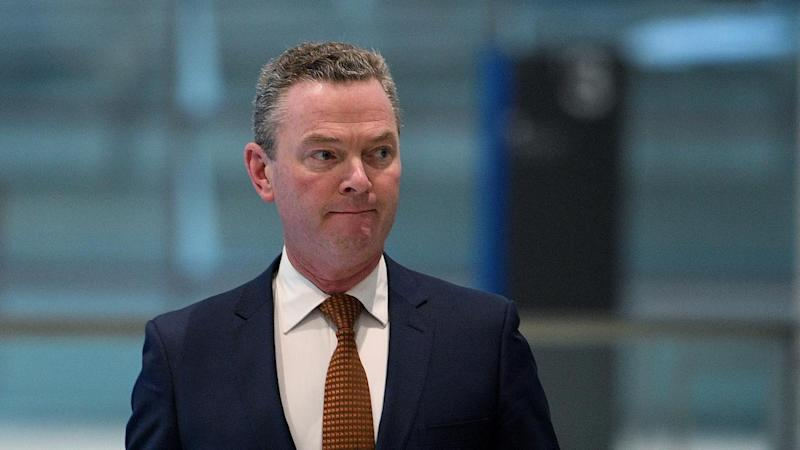Pyne apologises over divisive remarks