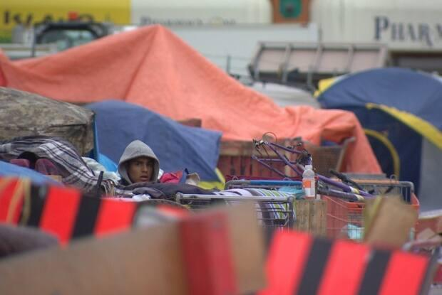 Several encampments cropped up last spring after the temporary pandemic shelter at the Expo Centre closed.  (Samuel Martin/CBC - image credit)