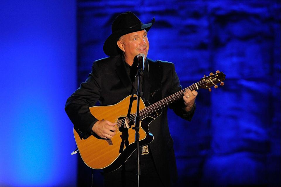 """<p>The country star was a <a href=""""http://www.dailynebraskan.com/garth-brooks-is-average-at-athletics-master-in-music/article_882b6504-5aa6-58e1-9c20-09a7e2b36e5c.html#:~:text=A%20javelin%20thrower%20from%201981,track%20coach%20Jim%20Bolding%20said."""" rel=""""nofollow noopener"""" target=""""_blank"""" data-ylk=""""slk:member of the track and field team"""" class=""""link rapid-noclick-resp"""">member of the track and field team</a> at Oklahoma State, where he was known for his skills in javelin throwing in the '80s.</p>"""