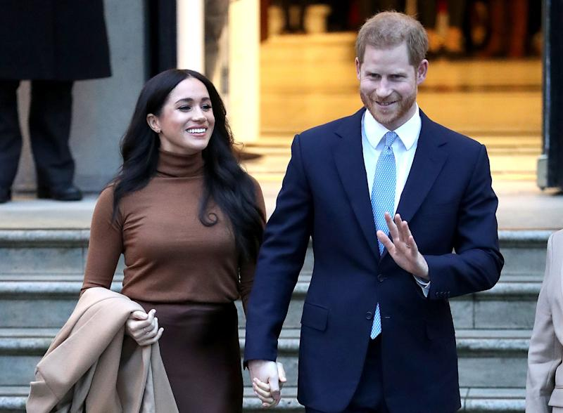 Queen Elizabeth Agrees to 'Period of Transition' for Prince Harry, Meghan Markle