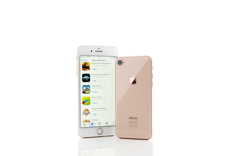 "<strong><a href=""https://www.t-mobile.com/"" target=""_blank"">Black Friday: Buy One, Get One free with qualifying Apple, Samsung or LG device purchase + 1 Line Activation. Includes iPhone 7, 7+, 8 or get an iPhone 8+ for add'l $99.95</a></strong>. (T-Mobile)"