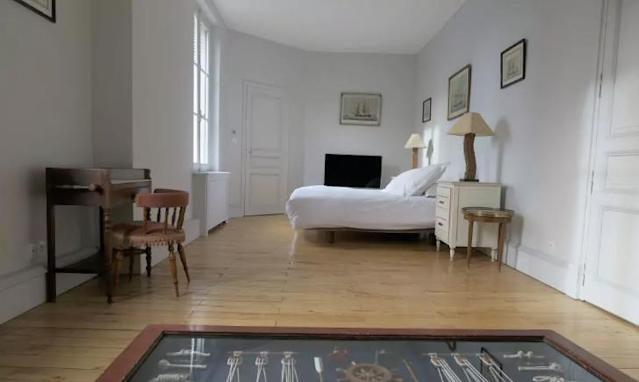 <p>Here's another bedroom. </p>