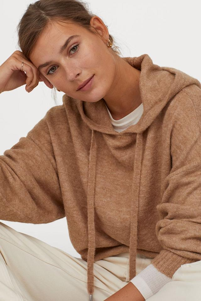 """<p>This <a href=""""https://www.popsugar.com/buy/HampM-Fine-Knit-Hooded-Sweater-524395?p_name=H%26amp%3BM%20Fine-Knit%20Hooded%20Sweater&retailer=www2.hm.com&pid=524395&price=25&evar1=fab%3Aus&evar9=44236083&evar98=https%3A%2F%2Fwww.popsugar.com%2Ffashion%2Fphoto-gallery%2F44236083%2Fimage%2F46954216%2FHM-Fine-Knit-Hooded-Sweater&list1=shopping%2Choliday%2Cstocking%20stuffers%2Cgift%20guide%2Cvalentines%20day%2Cfashion%20gifts%2Cgifts%20for%20women%2Cgifts%20under%20%24100%2Cgifts%20under%20%2450%2Cgifts%20under%20%2475&prop13=mobile&pdata=1"""" rel=""""nofollow"""" data-shoppable-link=""""1"""" target=""""_blank"""" class=""""ga-track"""" data-ga-category=""""Related"""" data-ga-label=""""https://www2.hm.com/en_us/productpage.0811913007.html"""" data-ga-action=""""In-Line Links"""">H&amp;M Fine-Knit Hooded Sweater</a> ($25) looks so cozy.</p>"""