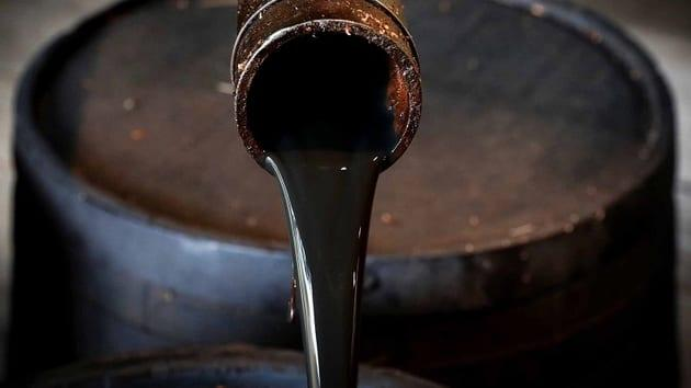 Crude Rebounds on Drop in Gasoline Inventories, Weak Dollar Stabilizes Gold, Natural Gas Falls as Forecast Turns Warmer