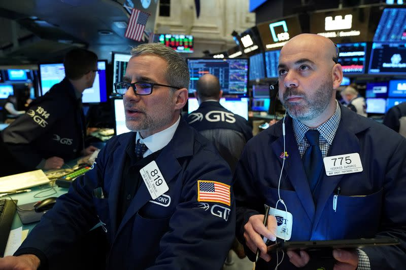 Global stock rally loses steam, virus keeps safe-havens alive
