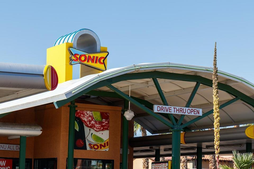 "<p>Arizona is all-in on Sonic, where you can get a Cherry Limeade, a <a href=""https://www.thedailymeal.com/eat/fast-food-menu-items-cult-following?referrer=yahoo&category=beauty_food&include_utm=1&utm_medium=referral&utm_source=yahoo&utm_campaign=feed"" rel=""nofollow noopener"" target=""_blank"" data-ylk=""slk:cult-favorite menu item"" class=""link rapid-noclick-resp"">cult-favorite menu item</a>.</p>"