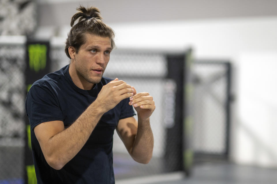 Huntington Beach, CA - September 17: UFC featherweight Brian Ortega training at the Huntington Beach Ultimate Training Center, Friday, Sept. 17, 2021. Ortega will face UFC champion Alexander Volkanovski at UFC 266 on Sept. 25 in Las Vegas for the title. (Photo by Hans Gutknecht/MediaNews Group/Los Angeles Daily News via Getty Images)