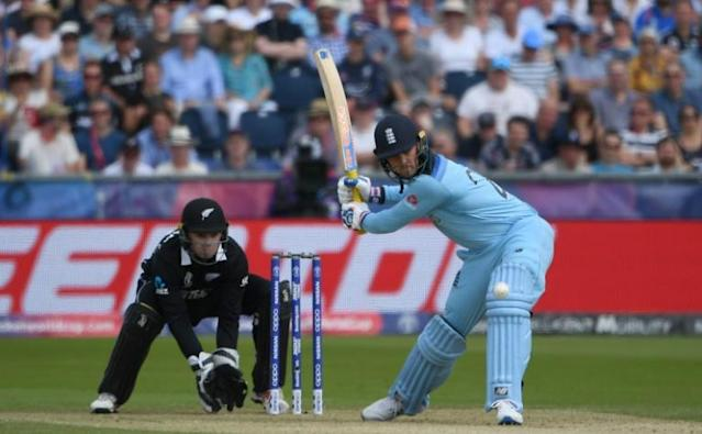England's Jason Roy bats against New Zealand in their World Cup group match (AFP Photo/Paul ELLIS)