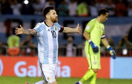 Football Soccer - Argentina v Chile - World Cup 2018 Qualifiers - Antonio Liberti Stadium, Buenos Aires, Argentina - 23/3/17 - Argentina's Lionel Messi reacts after scoring a penalty goal. REUTERS/Alberto Raggio