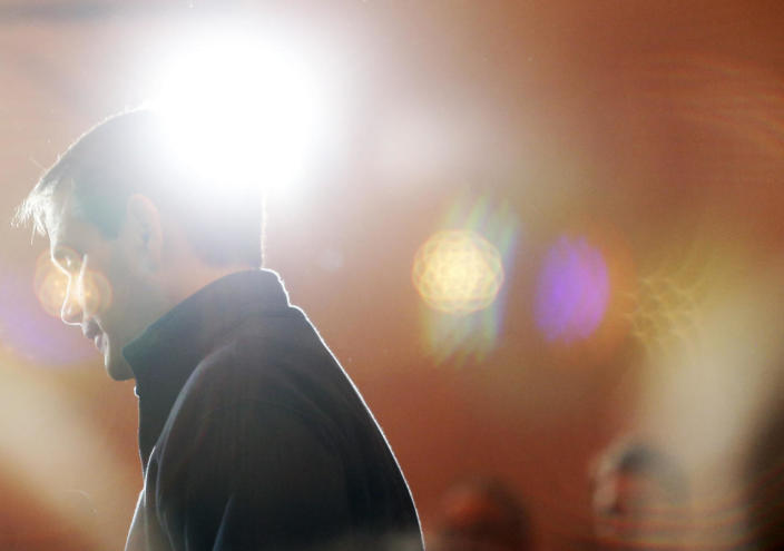 <p>Marco Rubio is surrounded by the lens flare from television lights as he speaks at a town hall in Portsmouth, on Feb. 4, 2016. <i>(Photo: Jessica Rinaldi/The Boston Globe via Getty Images)</i></p>