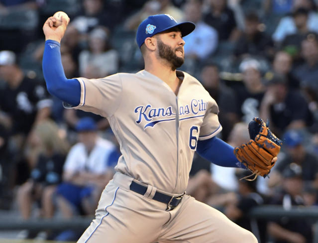 Kansas City Royals starting pitcher Jakob Junis throws to a Chicago White Sox batter during the first inning of a baseball game Wednesday, Aug. 1, 2018, in Chicago. (AP Photo/David Banks)