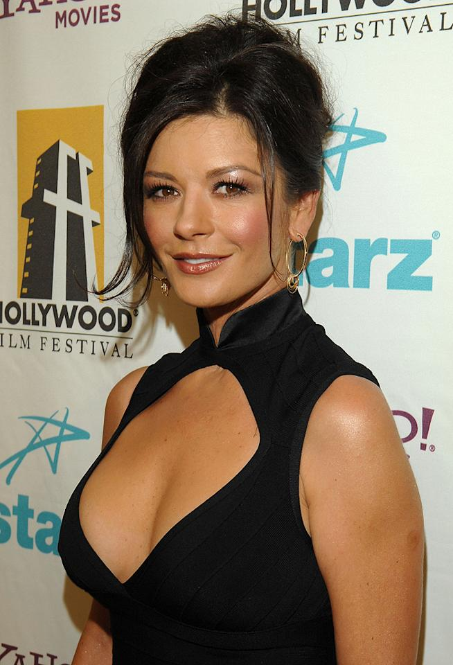 """<a href=""""http://movies.yahoo.com/movie/contributor/1800019539"""">Catherine Zeta Jones</a> at the Hollywood Film Festival's Hollywood Awards in Beverly Hills - 10/22/2007"""