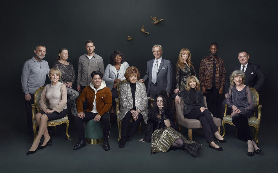 Coronation Street today unveils its official 60th anniversary cast photograph (ITV)