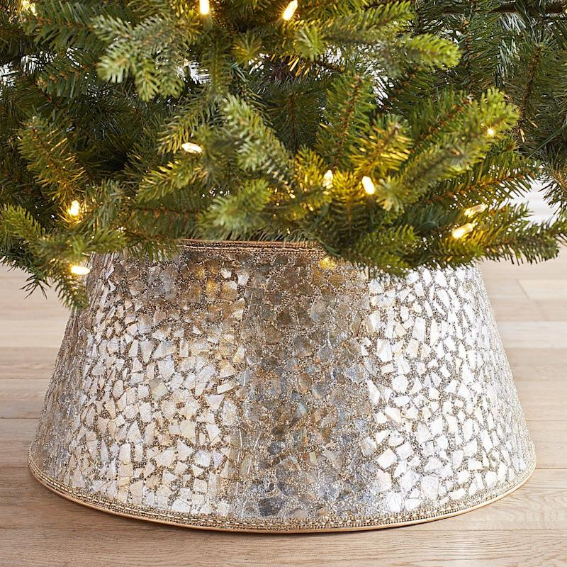 Pier One Christmas Trees.The Christmas Tree Collar That Will Convince You To Ditch