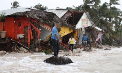 Hurricane and earthquake disasters to cost global insurers $95bn, says Swiss Re