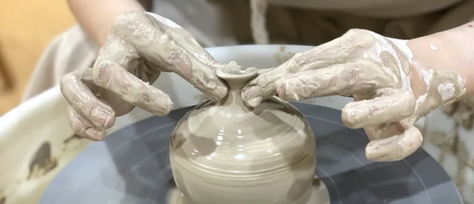 PHOTO: Klook. Ceramic and Pottery Workshop