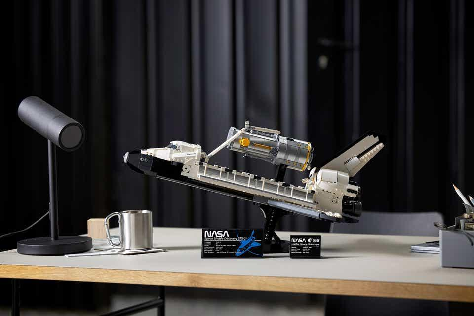 Lego Space Shuttle Discovery and Hubble Space Telescope