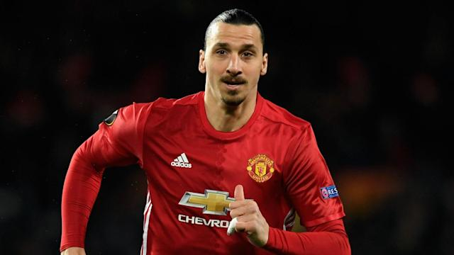 Negotiations between Manchester United and Zlatan Ibrahimovic over a new deal are continuing, the star striker has said.