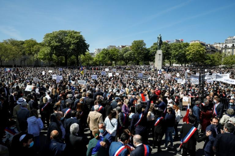 Thousands protested including former French first lady Carla Bruni