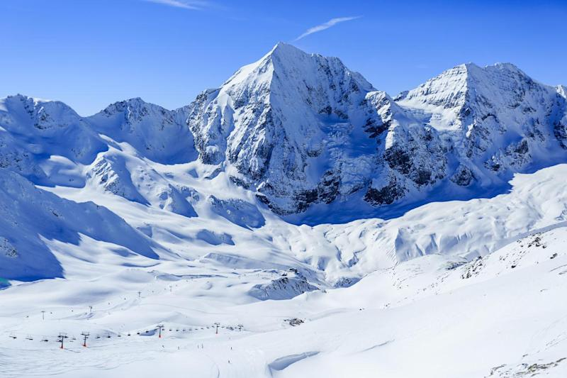 Three dead: An avalanche has killed three people and injured five: Shutterstock / gorillaimages