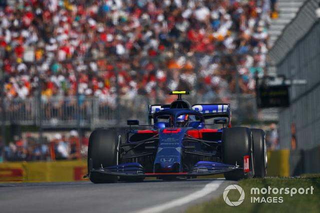 "Alexander Albon, Toro Rosso STR14 <span class=""copyright"">Andy Hone / LAT Images</span>"