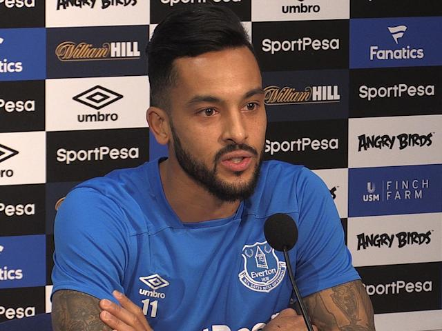 Everton signing Theo Walcott reveals how he left Arsenal with his belongings in bin bags
