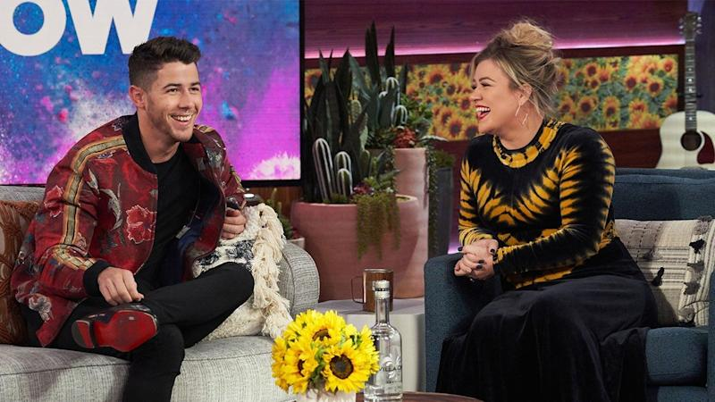 Kelly Clarkson Had No Idea the Jonas Brothers Opened for Her in 2005