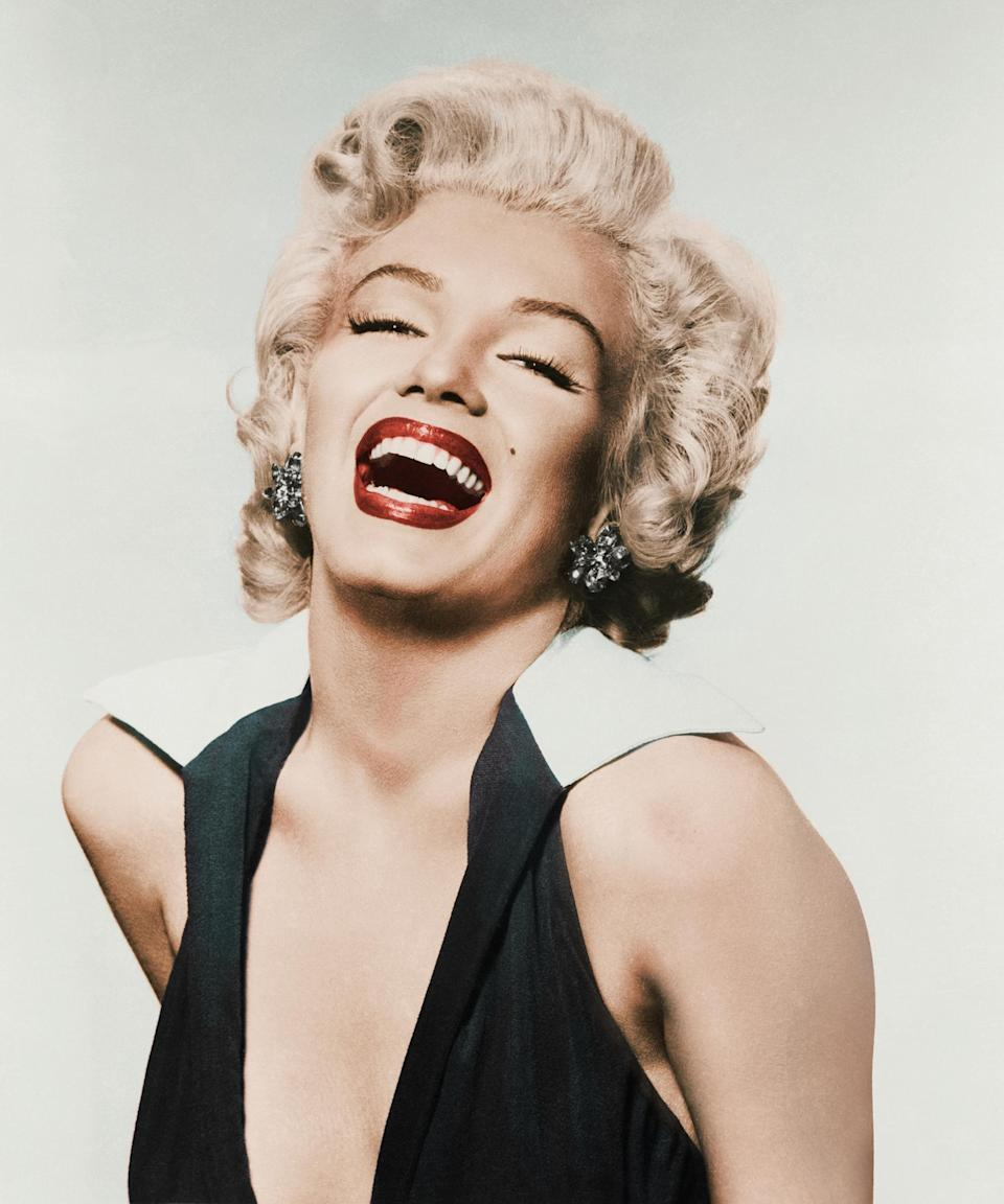 "<h3>Marilyn Monroe<br></h3><br>To really pay homage to <a href=""https://www.refinery29.com/en-us/2020/05/9757947/marilyn-monroe-skin-routine-makeup-museum-erno-laszlo"" rel=""nofollow noopener"" target=""_blank"" data-ylk=""slk:Monroe's"" class=""link rapid-noclick-resp"">Monroe's</a> signature blonde hairstyle, you'll <em>probably</em> need a <a href=""https://www.refinery29.com/en-us/how-to-put-on-a-wig-tutorial"" rel=""nofollow noopener"" target=""_blank"" data-ylk=""slk:wig"" class=""link rapid-noclick-resp"">wig</a>. Or, if you already have the color, you can <a href=""https://www.refinery29.com/en-us/2017/10/178432/lady-gaga-marilyn-monroe-hair"" rel=""nofollow noopener"" target=""_blank"" data-ylk=""slk:take a cue from Lady Gaga"" class=""link rapid-noclick-resp"">take a cue from Lady Gaga</a> and grab the Velcro rollers to recreate her iconic curly coiffure. Either way, red lipstick is a must.<span class=""copyright"">Photo: Bettmann/Getty Images.</span>"