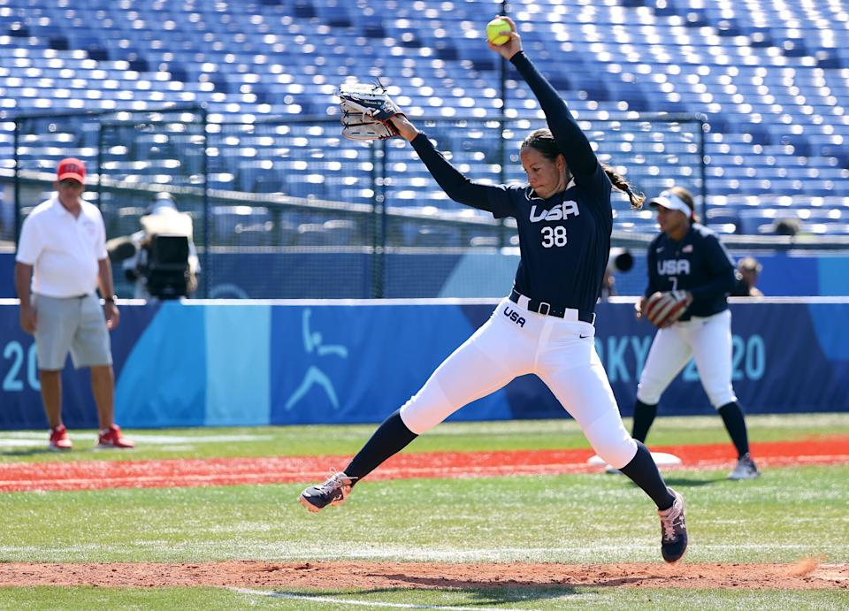 Cat Osterman pitches against Mexico during the United States' 2-0 win.