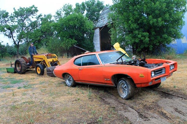 1969-pontiac-gto-judge-tree-find-3a