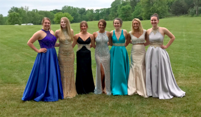 Paige Porter (far left) was hospitalized and nearly missed her prom. Her friends were not about to let that happen, so they threw her another one. (Photo: Twitter/PaigePorter3)