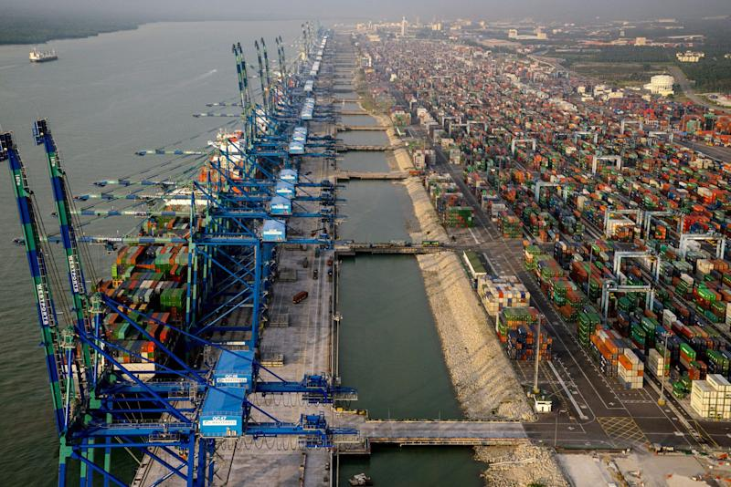 Malaysia Fears Becoming Sanctions Target in Trade War Crossfire