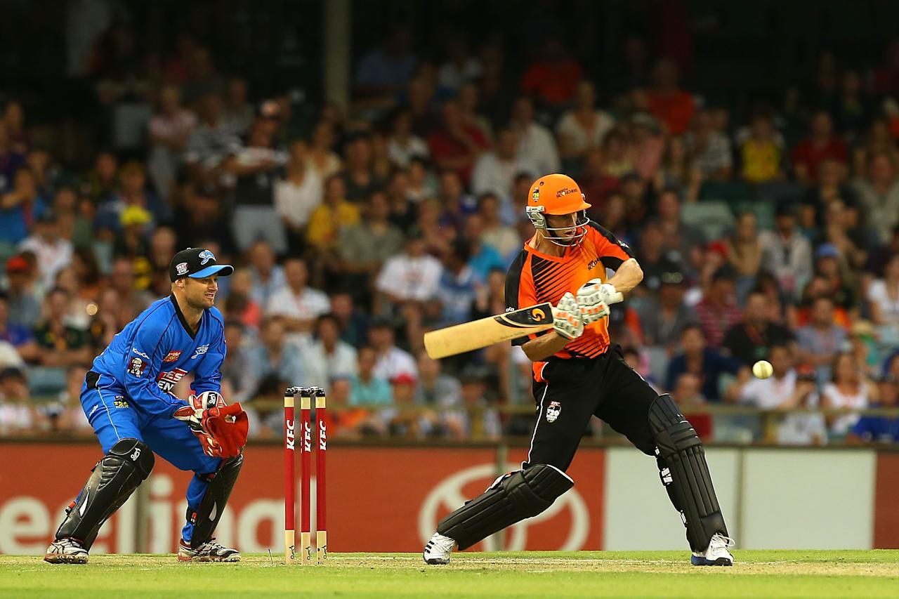 PERTH, AUSTRALIA - DECEMBER 09:  Adam Voges of the Scorchers bats during the Big Bash League match between the Perth Scorchers and Adelaide Strikers at WACA on December 9, 2012 in Perth, Australia.  (Photo by Paul Kane/Getty Images)