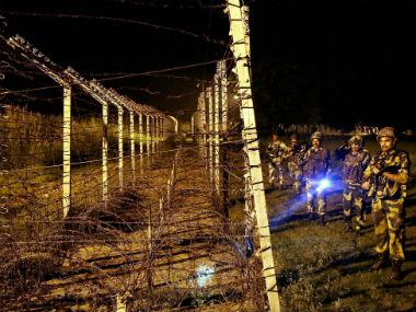 Pakistan violates ceasefire in Jammu and Kashmir's Baramulla district, fires automatic weapons