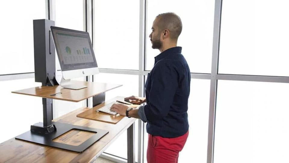 #HealthBytes: How to benefit from a standing desk