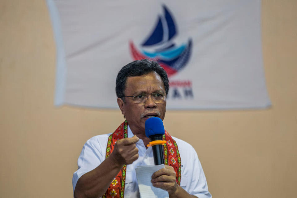 Datuk Seri Shafie Apdal said Putrajaya's move to appeal the controversial High Court ruling, which effectively allows Christians to use the word 'Allah', is a political manoeuvre to gain favour among West Malaysia's Malay Muslims. — Picture by Firdaus Latif