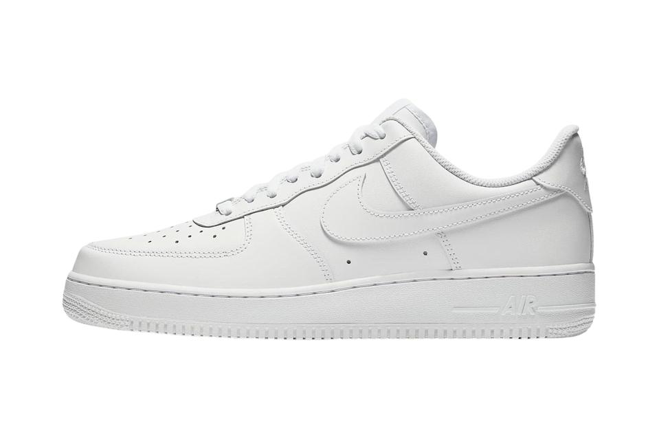 """There's <a href=""""https://www.gq.com/story/best-white-sneakers?mbid=synd_yahoo_rss"""" rel=""""nofollow noopener"""" target=""""_blank"""" data-ylk=""""slk:a plain white sneaker"""" class=""""link rapid-noclick-resp"""">a plain white sneaker</a> for everyone. The chunkiness of Nike's Air Force 1's makes it a perfect pairing for wide-leg pants.<br> <br> <em>Nike Air Force 1 '07 sneakers</em> $90, Nike. <a href=""""https://www.nike.com/t/air-force-1-07-mens-shoe-5QFp5Z/CW2288-111"""" rel=""""nofollow noopener"""" target=""""_blank"""" data-ylk=""""slk:Get it now!"""" class=""""link rapid-noclick-resp"""">Get it now!</a>"""