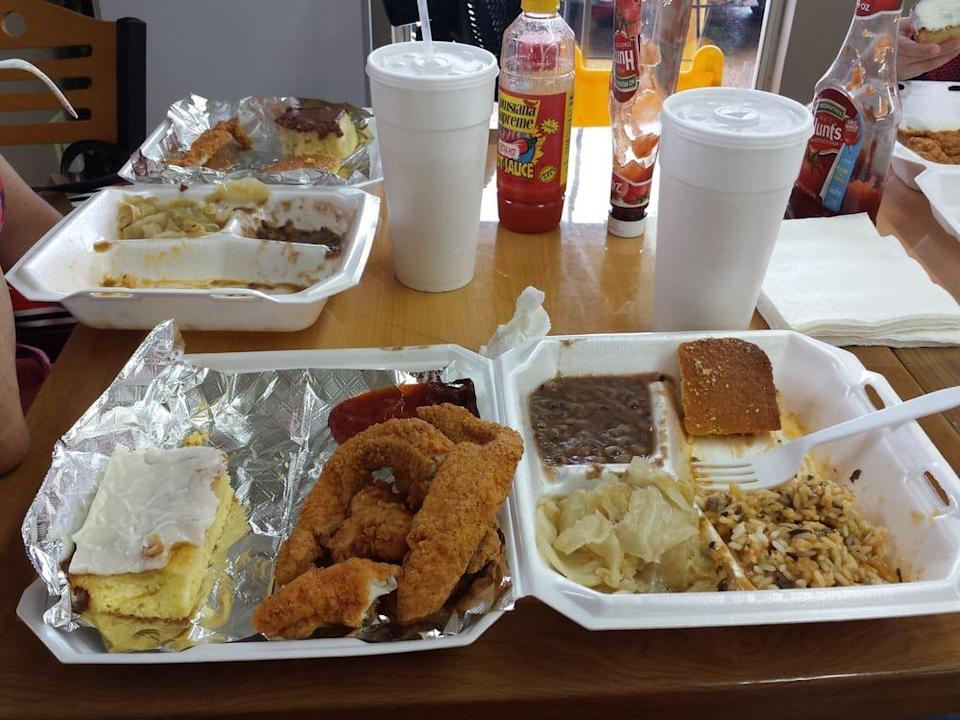 """<p><strong><a href=""""https://www.yelp.com/biz/pamelas-bayou-in-a-bowl-alexandria"""" rel=""""nofollow noopener"""" target=""""_blank"""" data-ylk=""""slk:Pamela's Bayou In A Bowl"""" class=""""link rapid-noclick-resp"""">Pamela's Bayou In A Bowl</a>, Alexandria</strong></p><p>""""OMG!!! If you are in Alexandria, LA and are looking for a place to eat ....STOP .... THIS IS A MUST!!! WOW, this was so amazing I'm still in disbelief that the food was so good."""" — Yelp user <a href=""""https://www.yelp.com/user_details?userid=6h7shv7YFSj8FYIdfmRtMA"""" rel=""""nofollow noopener"""" target=""""_blank"""" data-ylk=""""slk:Keith B."""" class=""""link rapid-noclick-resp"""">Keith B.</a></p><p>Photo: Yelp/<a href=""""https://www.yelp.com/user_details?userid=P63UPMnSX8ANna5xtw1A6w"""" rel=""""nofollow noopener"""" target=""""_blank"""" data-ylk=""""slk:Leslie G."""" class=""""link rapid-noclick-resp"""">Leslie G.</a></p>"""